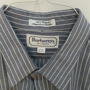 Burberry Blue and white stripe shirt XL 17-35